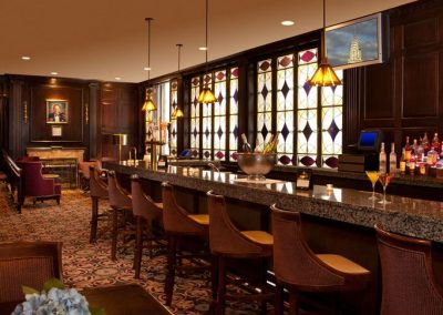 madison-club-lounge-at-the-roosevelt-hotel-new-york